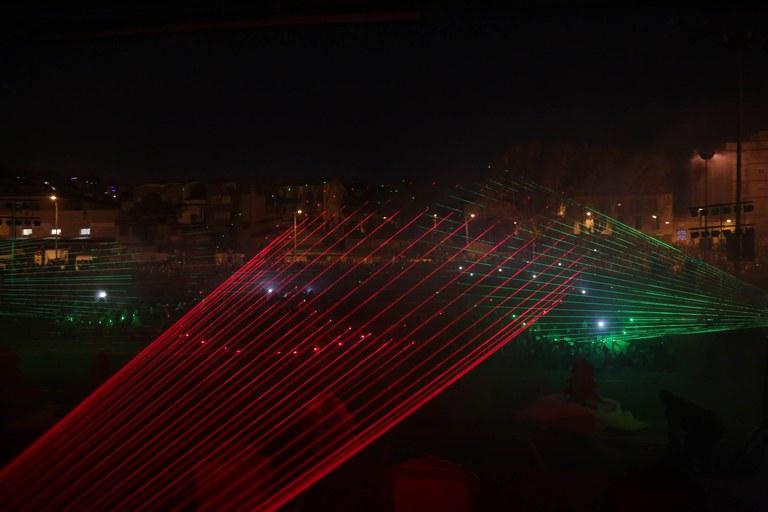 2015_01_05_cavalcada_reis_lasers.jpg