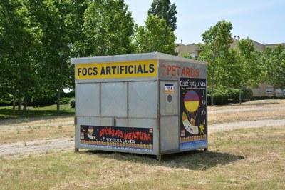 Los puestos de venta de petardos tienen permiso para comercializar productos pirotécnicos del 13 al 23 de junio.