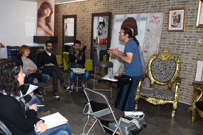 El año pasado se hizo un taller para peluquerías (foto: Localpres).