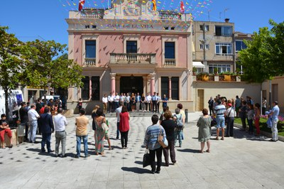La plaza de Pere Aguilera este viernes al mediodía.