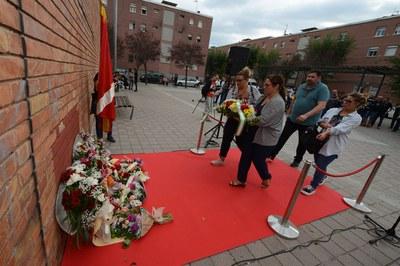 Ofrenda floral de la Hermandad Rociera Andaluza de Rubí (foto: Localpres)