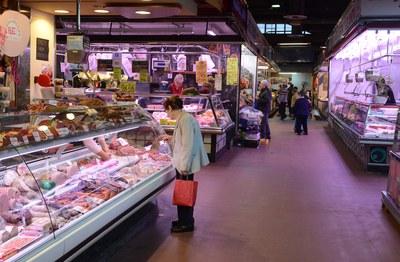El Mercado Municipal será el escenario de la actividad organizada por el Ayuntamiento con la colaboración de Cruz Roja (foto: Localpres).