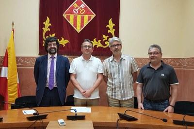 José Enrique Vázquez, Rafael Güeto, Albert Alcoverro i Miquel Ortuño en la sala de plenos (foto: Localpres).
