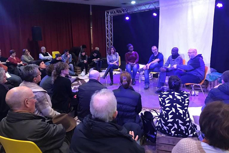Tras la representación teatral ha tenido lugar un debate
