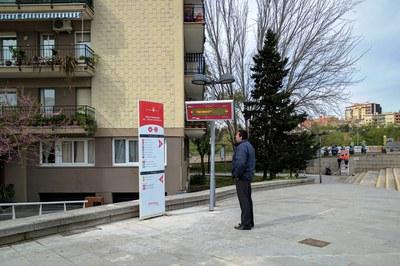 Uno de los tótems se ha instalado en la plaza Nueva Estación.
