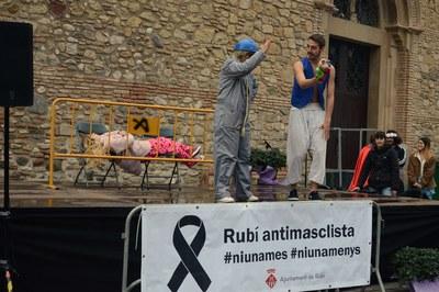 """Performance """"Fueron felices (y feministas)"""" (foto: Localpres)"""