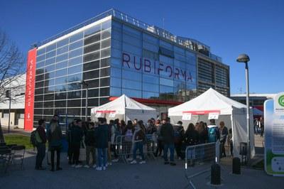 Las personas interesadas se pueden dirigir al edificio Rubí Forma (foto: Localpres).