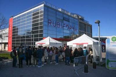 El edificio Rubí Forma el día de la Jornada de FP (foto: Localpres).
