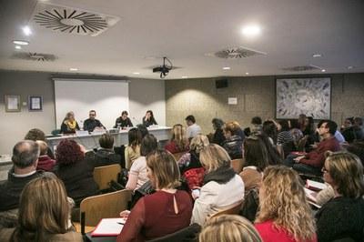 La sesión ha llenado el auditorio de Rubí Forma (foto: Ayuntamiento de Rubí – Lali Puig).