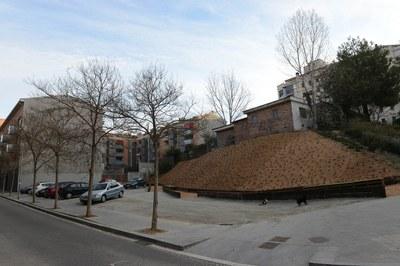 En el solar de la calle Primer de Maig se ha optado por crear un 'Espacio compartido' (foto: Localpres)