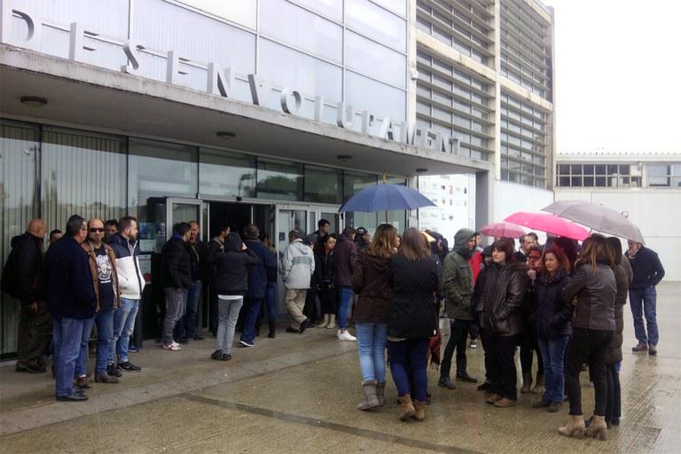 Trabajadores y alumnos del Rubí+D también han secundado el minuto de silencio