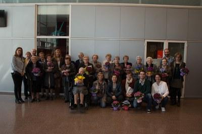 Foto de família de todos los implicados en esta iniciativa (Foto: Localpres).
