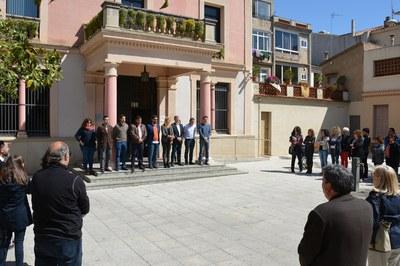 La concentración ha tenido lugar en la puertas del Ayuntamiento.