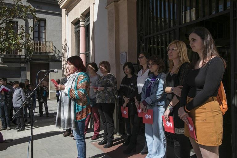 Otro momento de la lectura (foto: Ayuntamiento de Rubí - Lali Puig)
