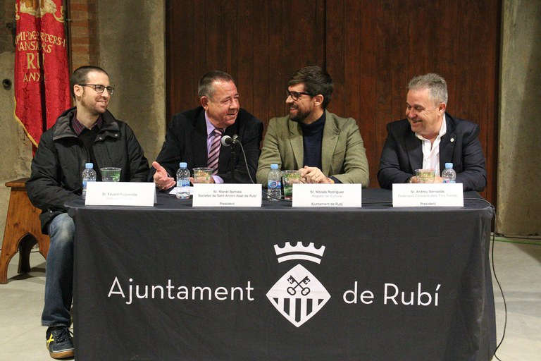 De izquierda a derecha: Eduard Puigventós, Manel Bamala, Moisés Rodríguez y Andreu Bernadàs (foto: Ayuntamiento – Lali Puig)