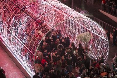Rubí contará con un pasillo de luz similar al de la imagen (Foto: Iluminaciones Ximénez).
