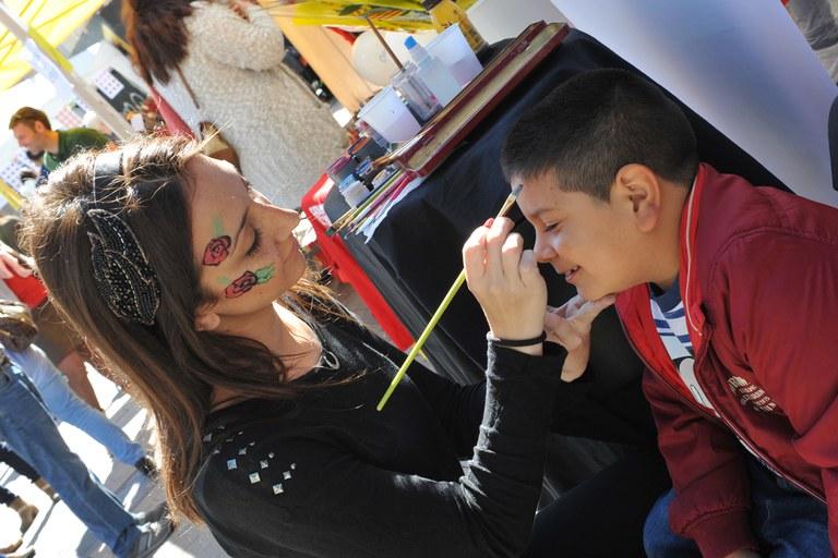 La plaza del Doctor Guardiet ha acogido actividades familiares (foto: Localpres)