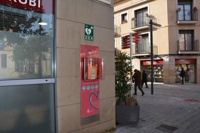 Rubí dispone de 34 desfribiladores como este (Foto: Ayuntamiento).
