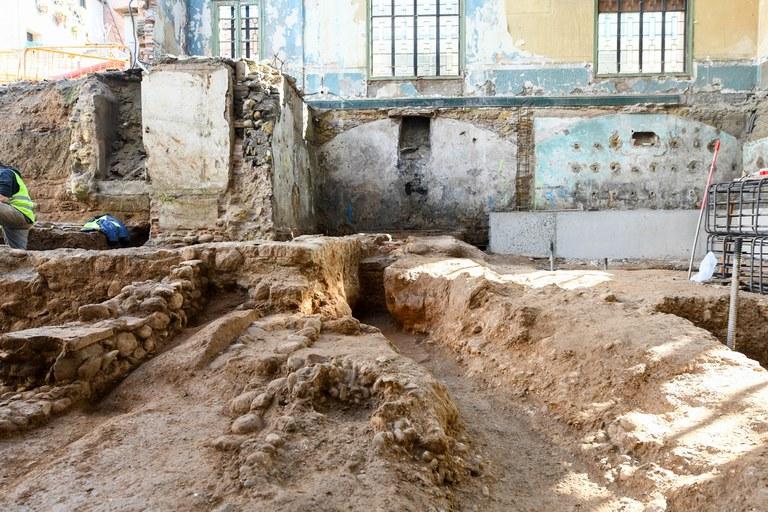 Las obras han puesto al descubierto varias estructuras romanas (foto: Ayuntamiento de Rubí - Localpres)