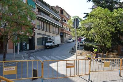 Unas obras en la red de alcantarillado de la calle Santa Eulàlia conllevan cambios de circulación en las vías de los alrededores.