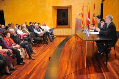 La alcaldesa y Pere Ysàs (foto: Localpres)
