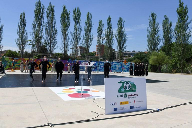 Coreografía (foto: Ayuntamiento de Rubí - Localpres)