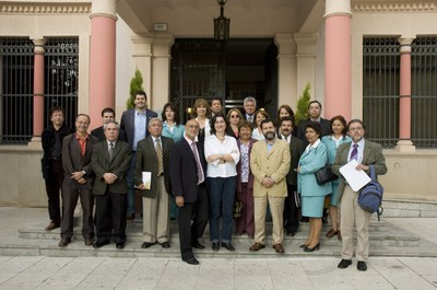 Foto de familia con la delegación de Pudahuel (foto: Ayuntamiento de Rubí - Jordi Garcia).